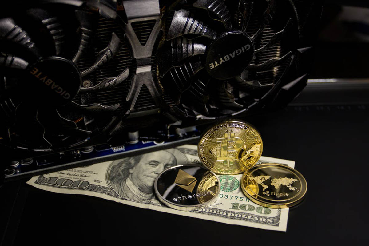 cryptocurrency mining hardware 2021