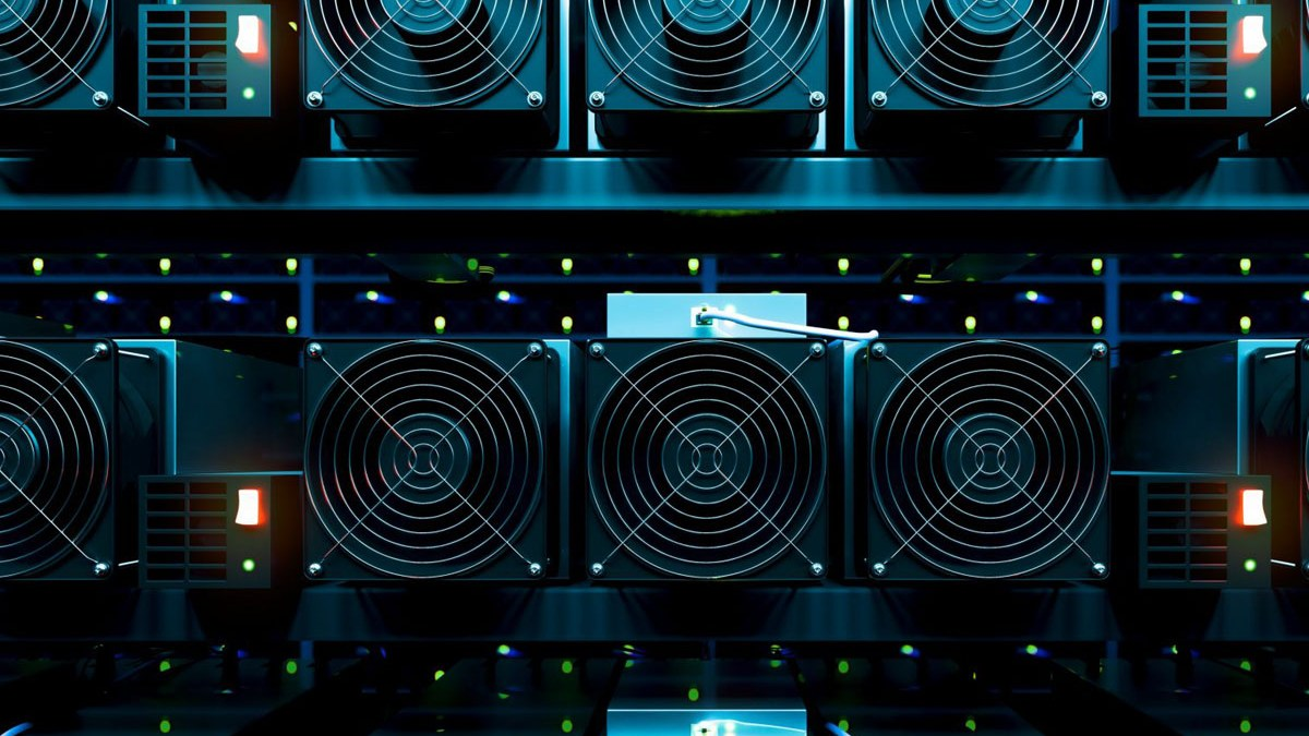 cryptocurrency mining rig 2021