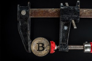 How Bitcoin miners make money without transaction fees