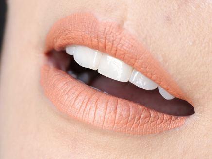 Batons Líquidos Retro Matte MAC - Mademoiselle (Lábios)