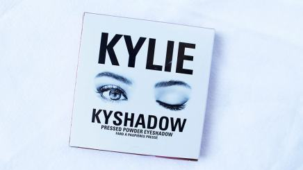 Kyshadow The Burgundy Palette Kylie Cosmetics