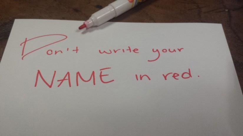 nome em vermelho
