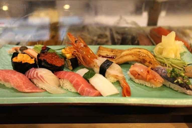 sushi do restaurante sushi zanmai