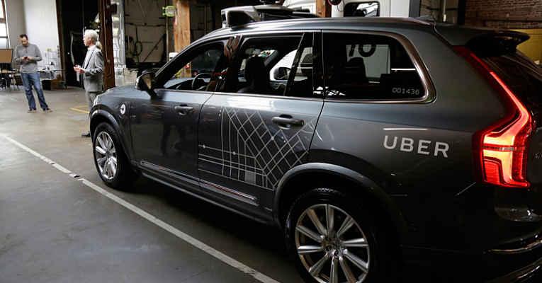 Carro do Uber no Japão