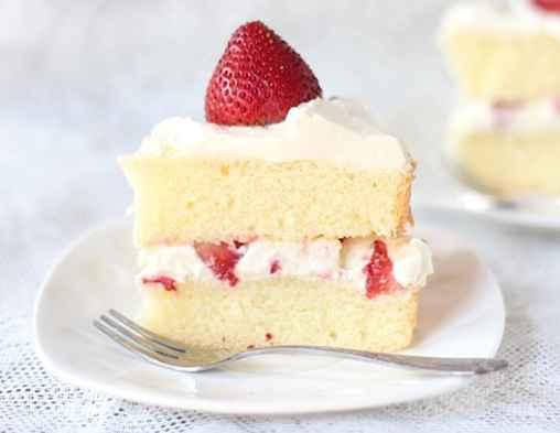 Fatia de bolo de morango