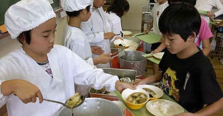 Merenda escolar japonesa