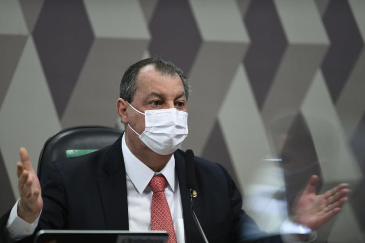 'Reação ao ataque a uma senadora não pode ser chamado de circo', diz Omar Aziz