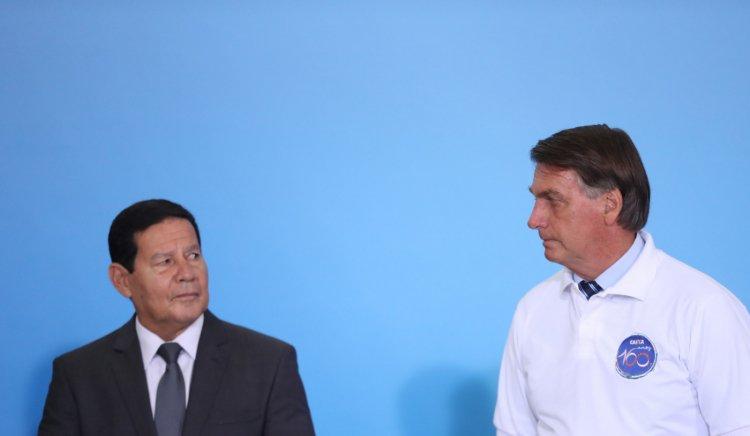 TSE vai analisar se há prova contra chapa Bolsonaro-Mourão nesta terça