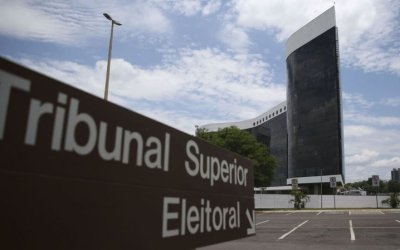 TSE pede que Moraes compartilhe provas dos inquéritos das fake news e dos atos antidemocráticos
