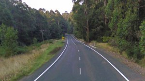 A $5-million Federal Government package will build passing lanes on the road between Apollo Bay and Forrest.