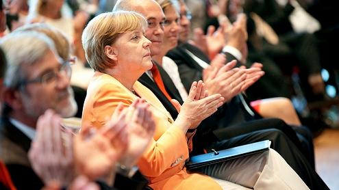 Angela Merkel por Medienmagazin pro