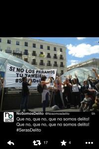 """Performance """"tu también serás delito"""" en la Puerta del Sol, 24-5-14, de No Somos Delito"""