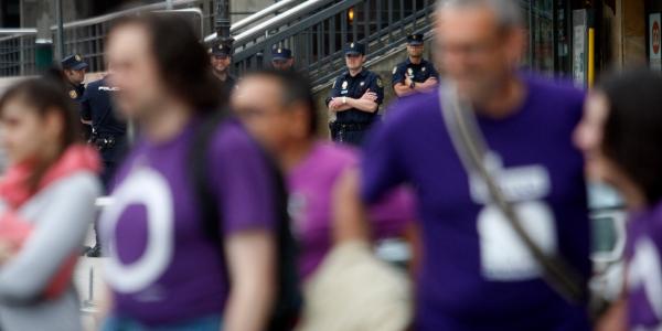 Podemos policia por Podemos Uviéu