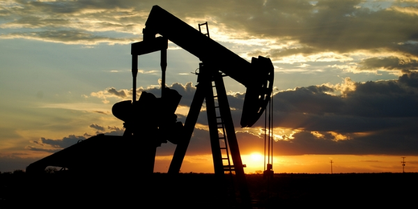 Petroleo por Paul Lowry