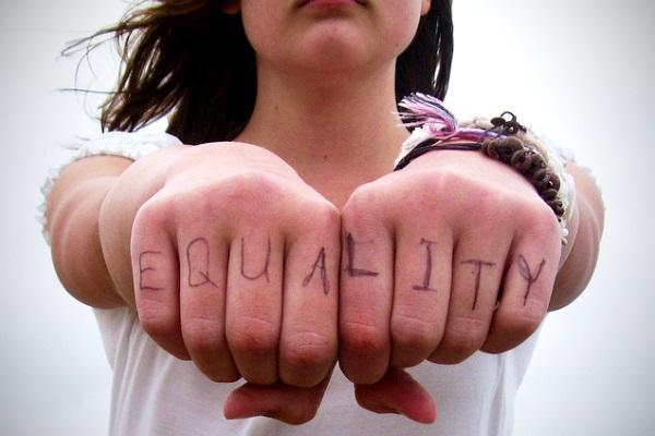Igualdad por dillydallying