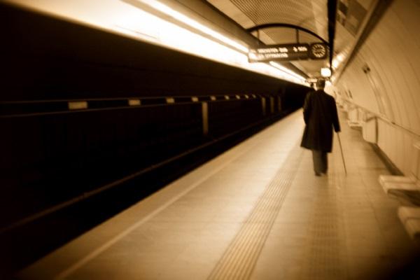 ricachon-en-el-metro-por-izarbeltza