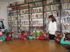 lectura-en-biblioteca-20