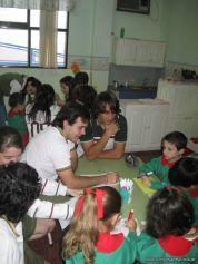 Alumnos de 6to año con Jardineros 9