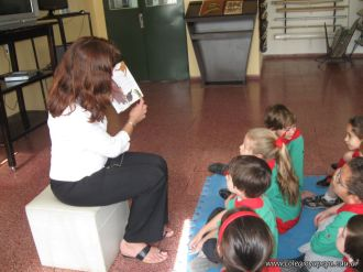 Lectura en Biblioteca 19