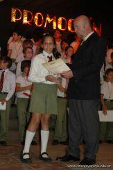 Acto de Colacion de Primaria 2010 363