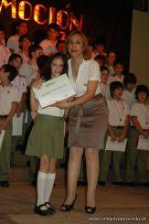 Acto de Colacion de Primaria 2010 390