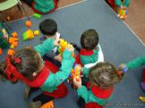 Salas de 3 jugando con Bloques 9