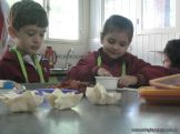Salas de 4 preparando Pastelitos 18