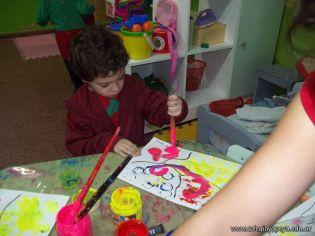 Salas de 3 pintando 56