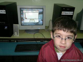Primer grado en Sala de Computacion 31