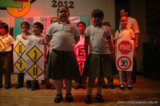 Expo Yapeyu de 2do grado 98