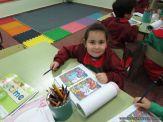 Aprendiendo Ingles en Salas de 5 27