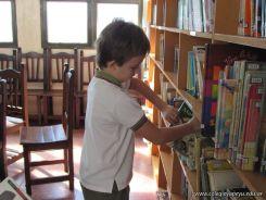 Visitamos la Biblioteca 77