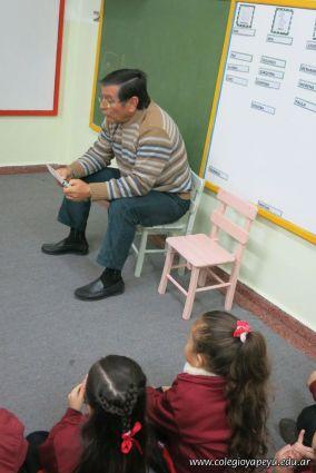 Padres leyendo 7