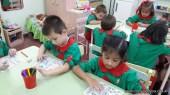 Contando dinosaurios en salas de 5 años 14