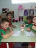 Contando dinosaurios en salas de 5 años 3