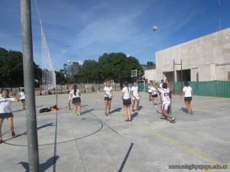 Gran arranque de clases en el campo deportivo 56