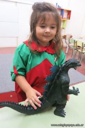 Visita de dinosaurios 6