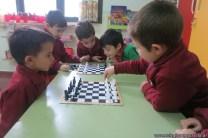 Jugamos al ajedrez 17