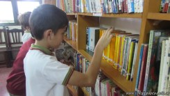 Tercero visita la biblioteca 18