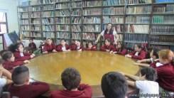 Tercero visita la biblioteca 28
