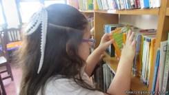 Tercero visita la biblioteca 47