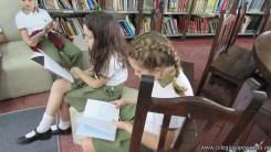 Tercero visita la biblioteca 92