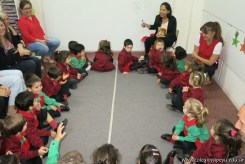 Clase abierta de inglés en sala de 3 años 10