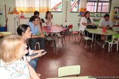 Clase abierta de inglés en sala de Belén 10