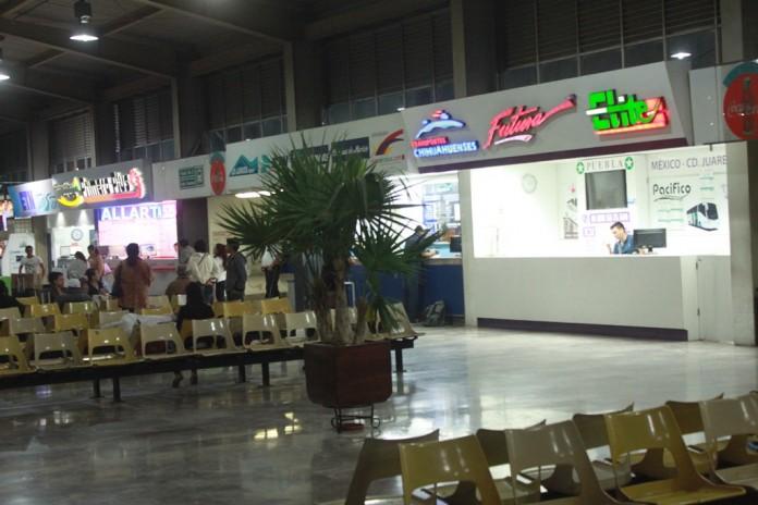 Central de Autobuses de Colima1 696x464 - Pedirán identificación oficial para venderte boletos en centrales de autobuses