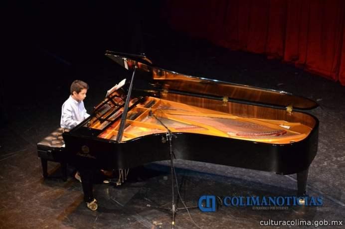 Este viernes presentarán muestra de guitarra clásica, teclado y piano en el Teatro Hidalgo