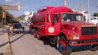 cortocircuito-genera-incendio-en-camioneta