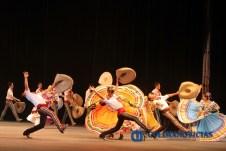 triunfa-ballet-folklorico-en-el-auditorio-telmex_f