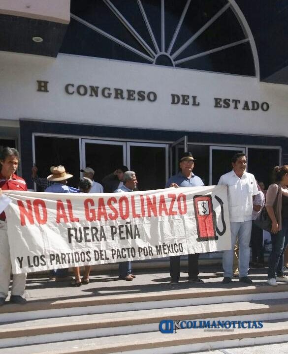 manifestacion por gasolinazo en el congreso
