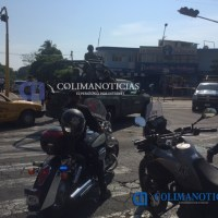 Balacera y persecución termina en Av. De los Maestros; dos delincuentes heridos y una policía